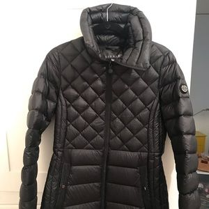 Over the bottom down jacket